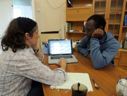 Dr. Natalie discusses data with Nigel to determine their next step.